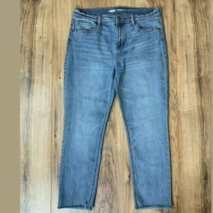 Old Navy Straight Leg Power Jean Light Wash